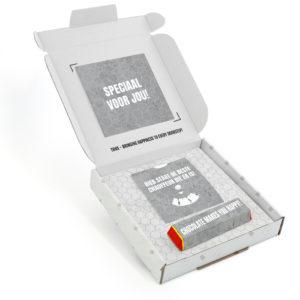 Inhoud Brievenbuspakketje Cadeaus Voor Mannen Vaderdag Concrete Pakket Tony Chocolonely Parkeerschijf