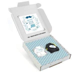 Inhoud Brievenbuspakketje Cadeaus Voor Mannen Vaderdag Moustache Pakket Rolmaat Candy Square