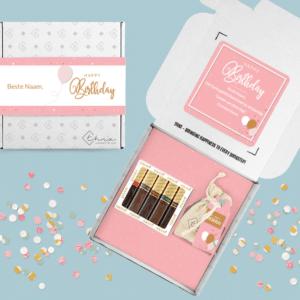 Inhoud Brievenbuspakketje Zomaar Pink Birthday Pakket Merci Bloemzaden