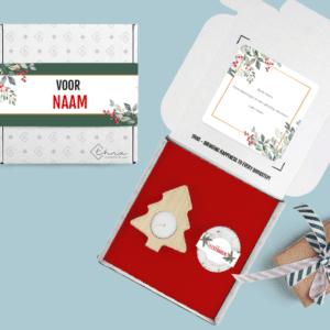 Brievenbuspakketje Kerst Cadeau Kerstboomkaars en pepermuntjes