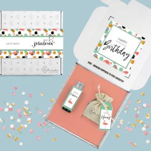 Inhoud Verjaardag Brievenbuspakket Flamingo Janzen Bloemzaden Cadeau
