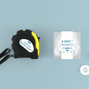 Inhoud Brievenbuspakketje Vaderdag Moustache Pakket Rolmaat Candy Square