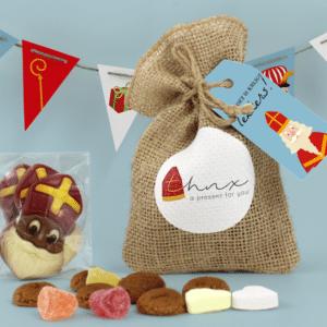 Inhoud Brievenbuspakketje Sinterklaas Chocolade Snoep Pepernoten