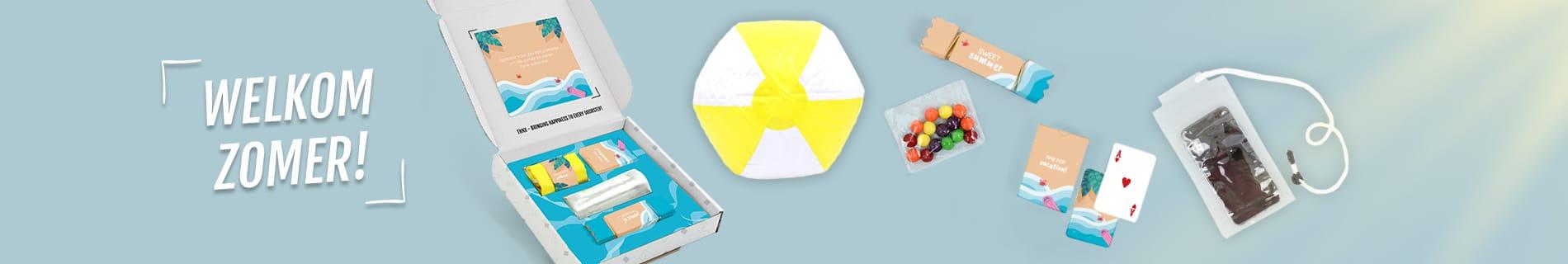 Inhoud Brievenbuspakketje Zomer Beach Pakket Strandbal Telefoonhoesje Skittles Speelkaarten Studenten